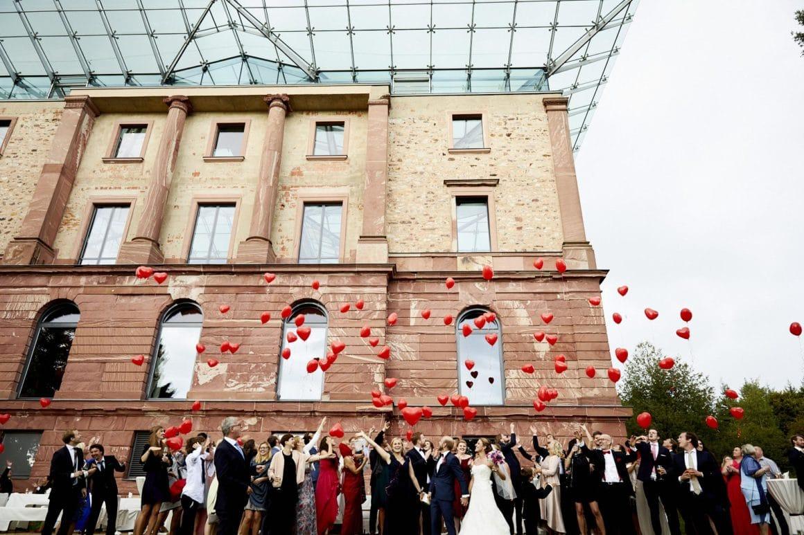 Macintosh SSD: Users: florian: Desktop: Top wedding locations in the Rheingau Images: Possible images: 1-1_Jagdschloss-Platte-Florian-Heurich.jpg