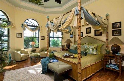 Green Canopy Beds