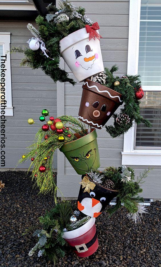 Lustige Pflanzenkübel - weihnachtsdeko für draussen