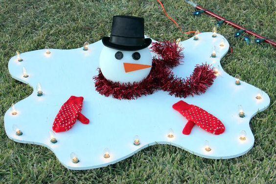 Ein weiterer schmelzender Schneemann - weihnachtsdeko für draussen