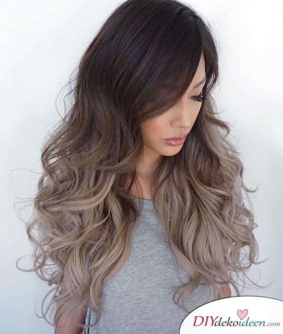 Ombre- Sommerfrisuren für lange Haare