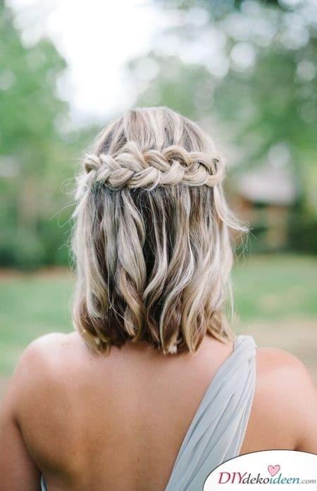 Wasserfall-Geflecht – Sommerfrisuren für mittellange Haare