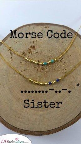 Morsecodes - Geheime Nachricht für Ihre Schwester