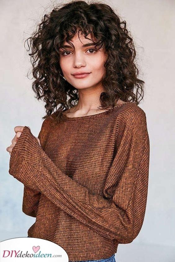 Kurz und lustig - Einfache Frisuren für Mädchen mit lockigem Haar