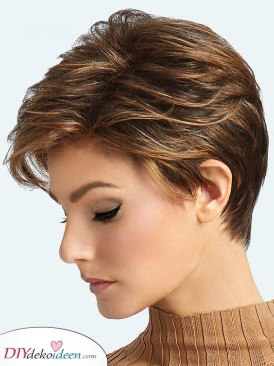 Brünette - Kurze Frisuren für dünnes Haar über 50