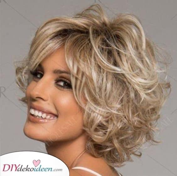 Kurzhaarfrisuren für feines Haar ab 50 - Kurze Frisuren
