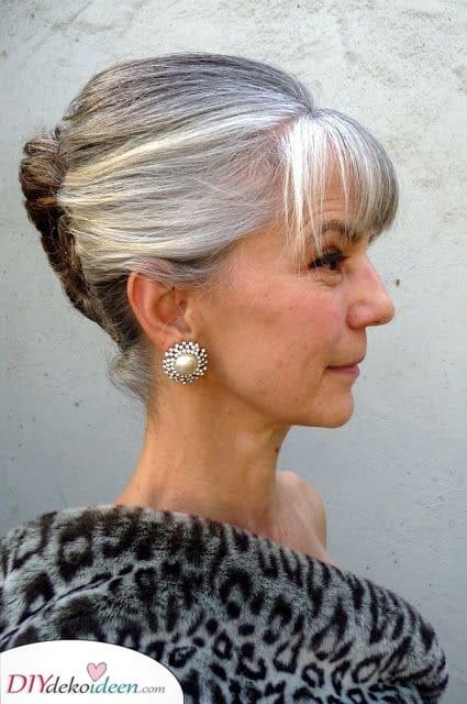 A Twist - Kurze Frisuren für Frauen über 50 mit dünnem Haar
