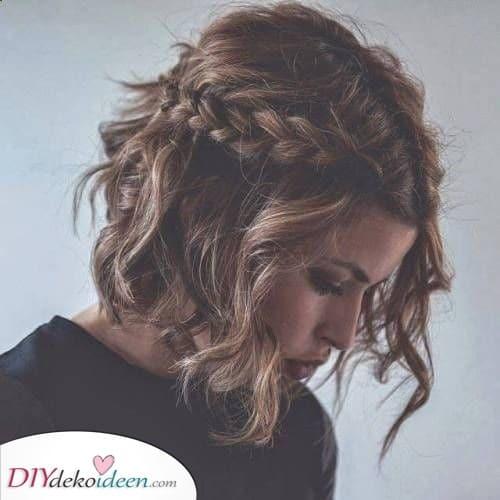 Ein brillantes Geflecht - Frisuren für kurzes lockiges Haar
