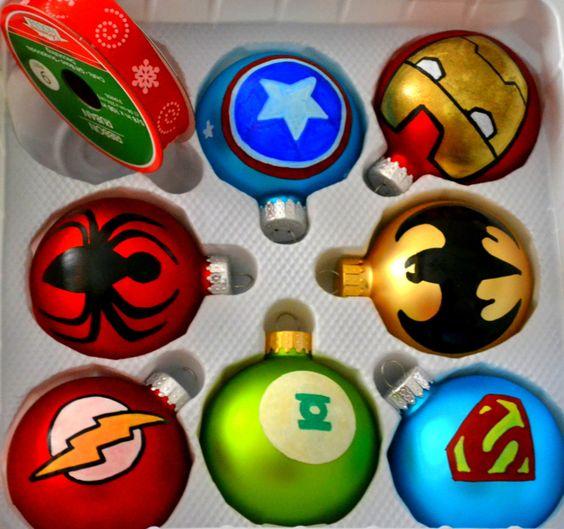 Weihnachtsbaumschmuck - Für einen Superhelden