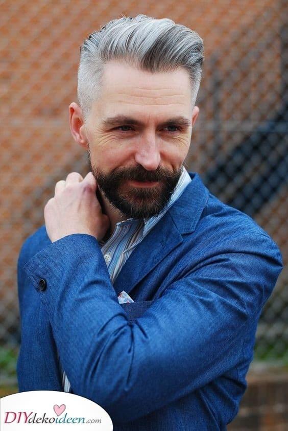 Unterschied zwischen Bart und Haar - Frisuren für ältere Männer mit grauen Haaren