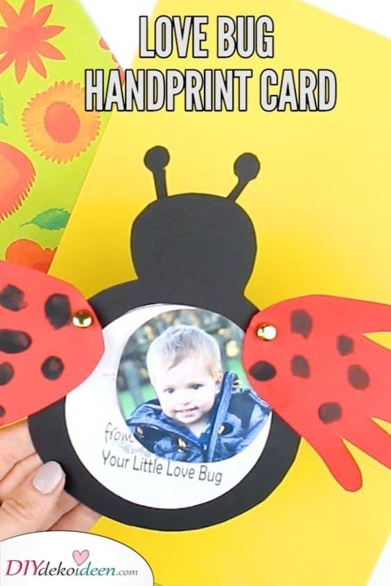 Eine Liebeskäfer Handabdruckkarte – Einfach und süß