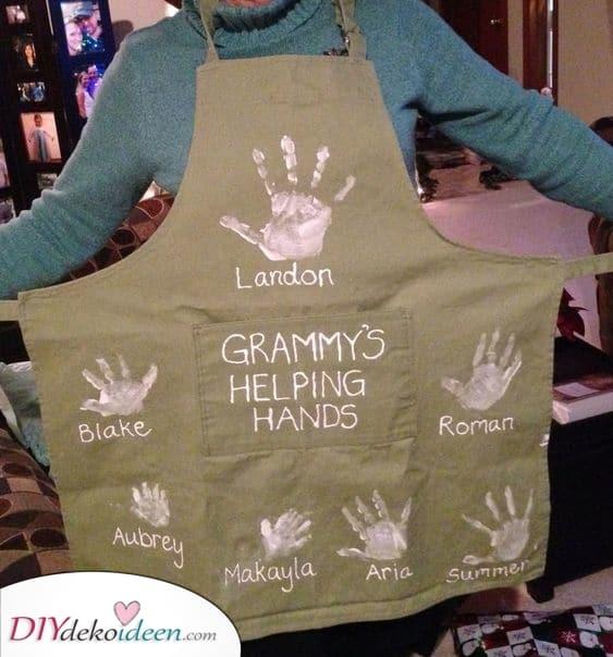 Omas helfende Hände – Personalisierte Geschenke für Oma