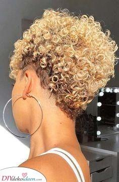 Ein Afro Pixie – Kurzhaarschnitt für Frauen