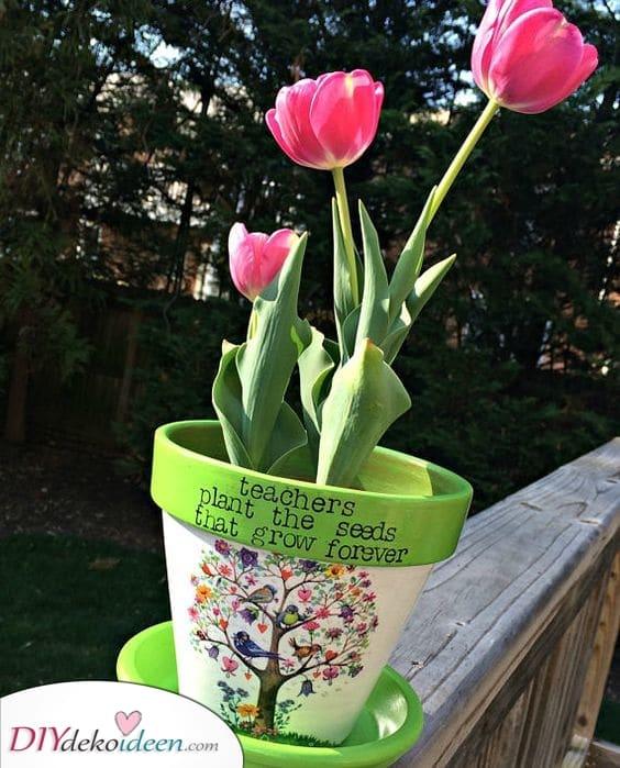 Ein Blumentopf – Geschenk für Kindergärtnerin