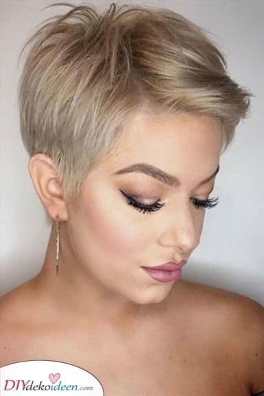 Ein süßer Pixie - Natürliche Frisuren für Frauen
