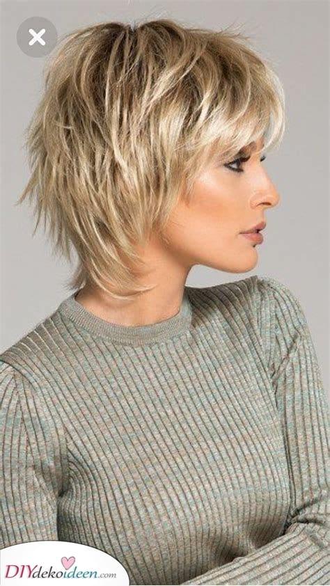 Kurz und schön – Kurze natürliche Frisuren für Frauen