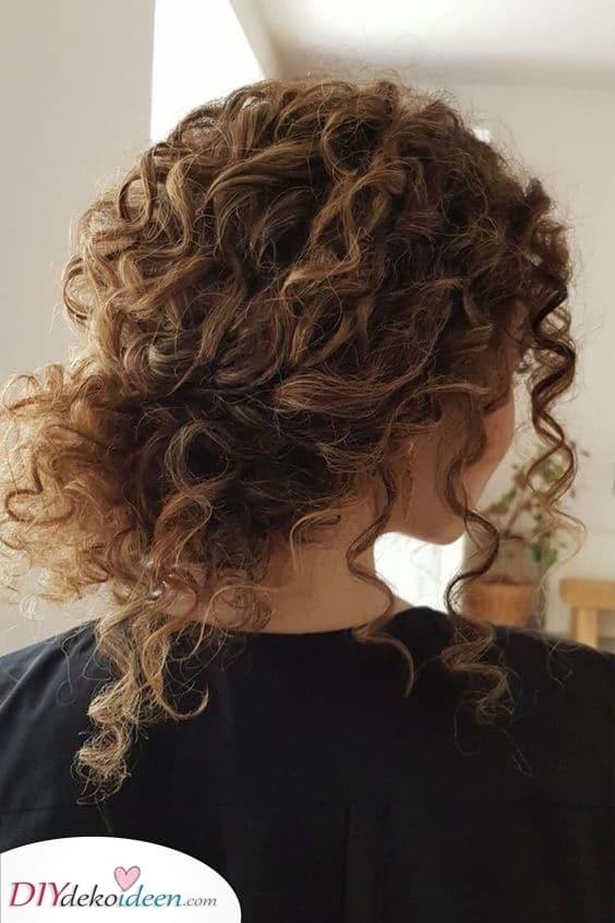 Ein einfaches niedriger Dutt – Wunderschöne Frisur Ideen