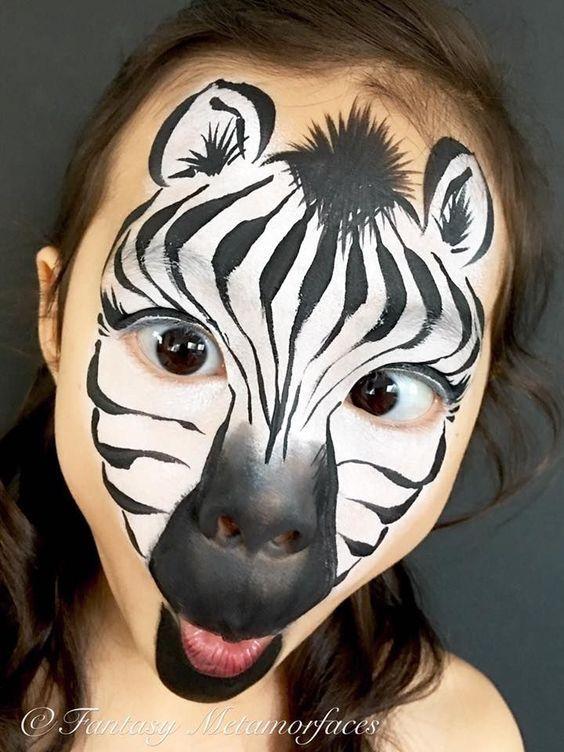 Ein gestreiftes Zebra – Schminken für Kinder