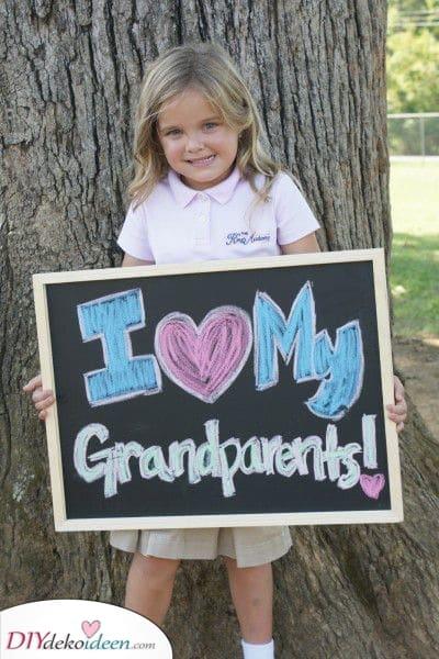 Ein süßes Foto – Eine Nachricht für Oma