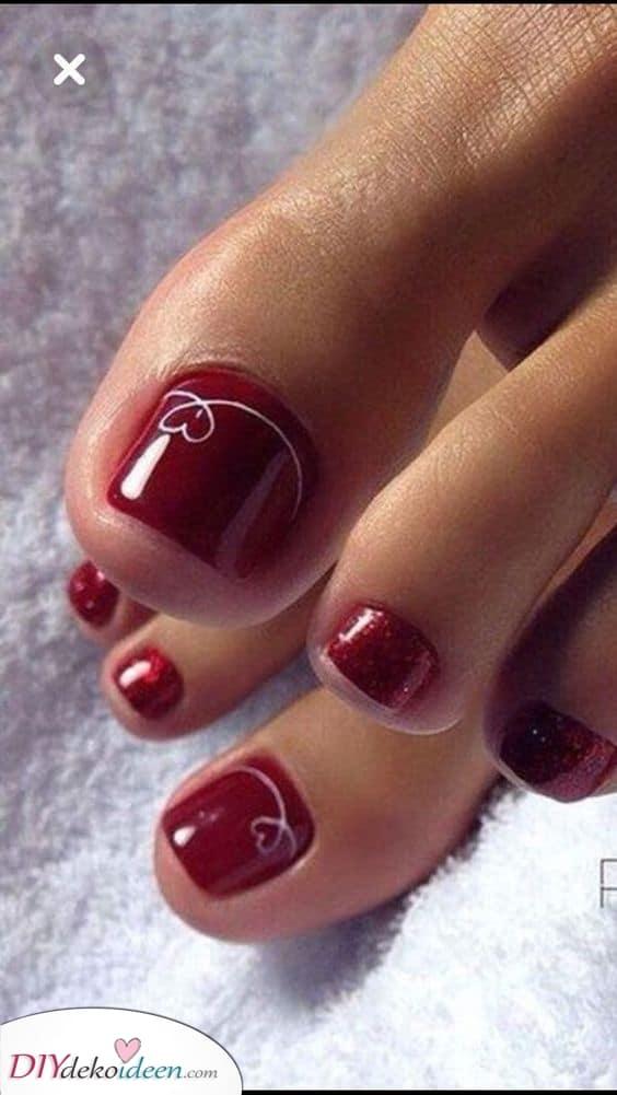 Ein rotes Leuchten – Verführerisch und Sexy die Fußnägel lackieren