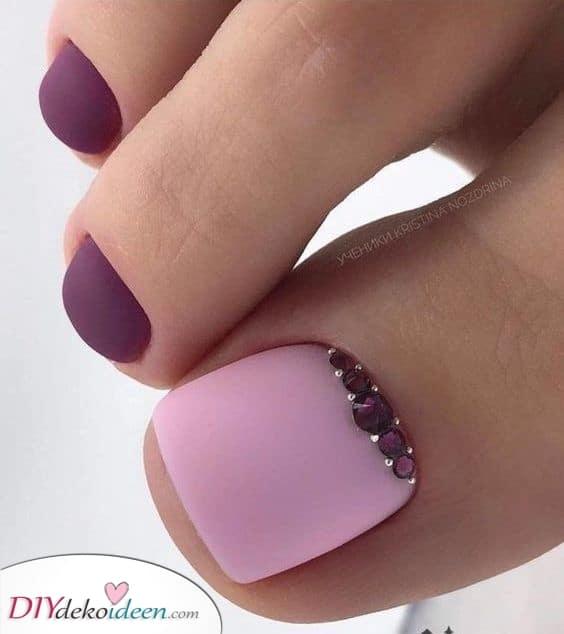 Pink und Lila – Ein Tolles Fußnageldesign