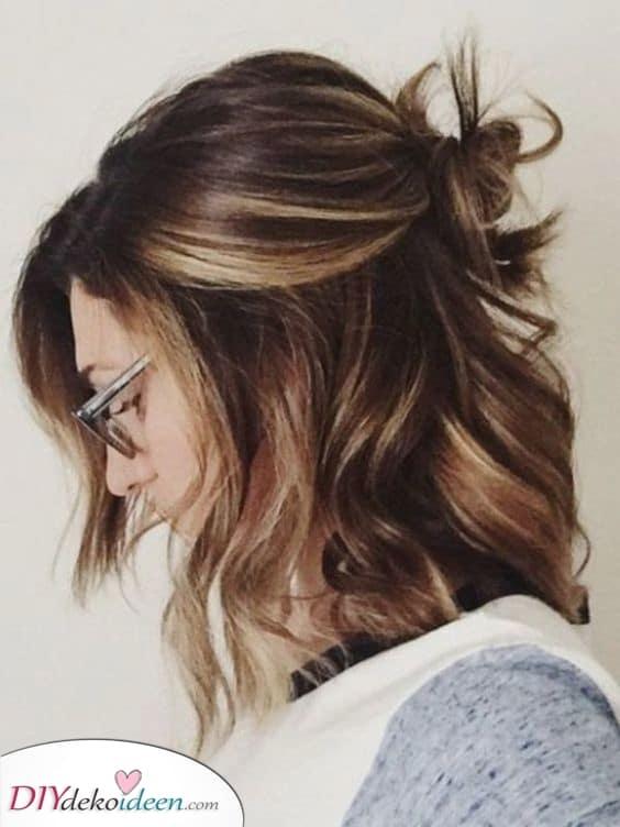 Ein einfacher Dutt – Frisuren für mittellanges Haar