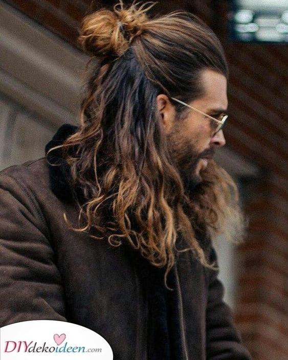 Lang und üppig – Frisuren für Männer