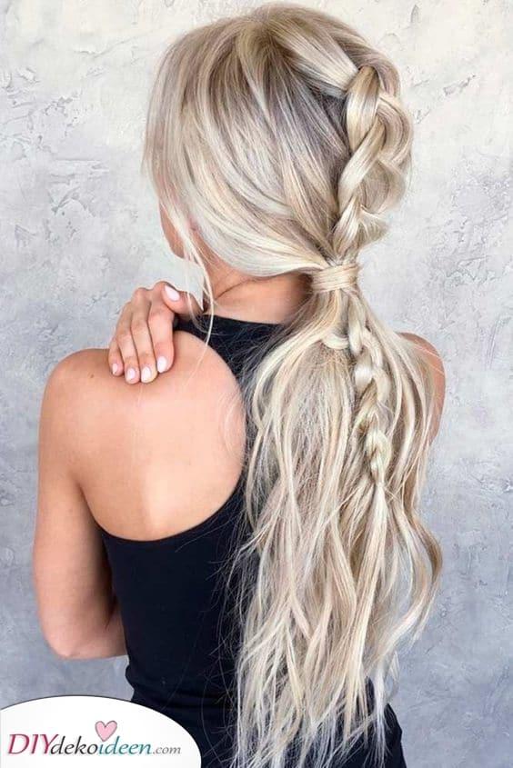 Fügen Sie einen Zopf hinzu – Die besten Frisuren für langes Haar