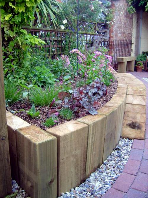 Ausenbekleidung mit Holz – Erhöhte Hochbeete für den Garten