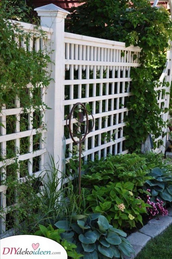 Wunderbar in Weiß – Ideen für den Gartenzaun