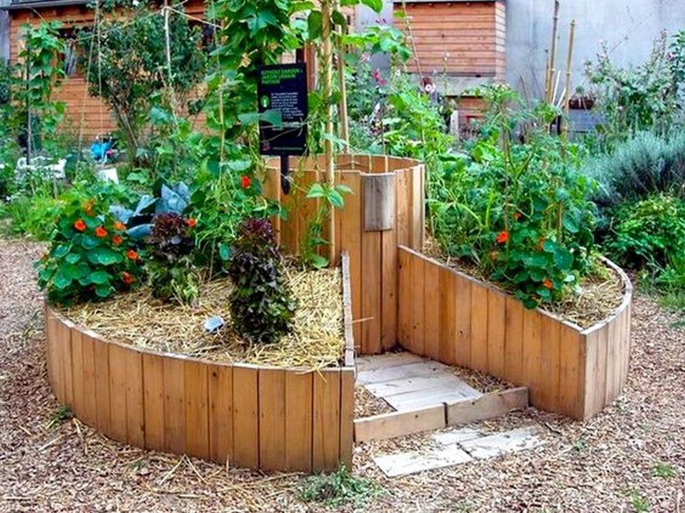 Paletten Hochbeete für Ihren Garten – Die Gartenarbeit einfacher machen