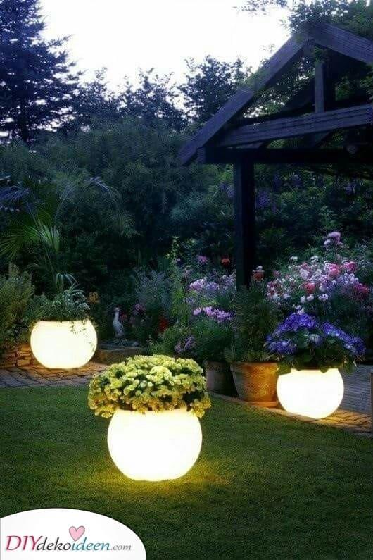 Glühende Töpfe – Außenbeleuchtung für den Garten