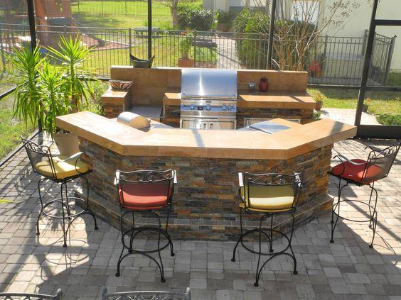 Eine Küche bauen – Ein schöner Grillplatz im Freien