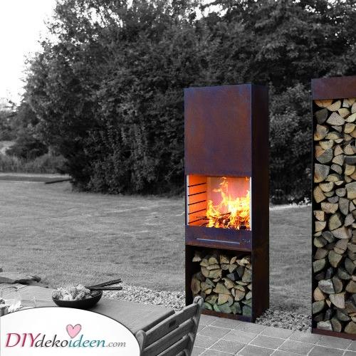 Ein Barbecue – Feuerstelle im Garten
