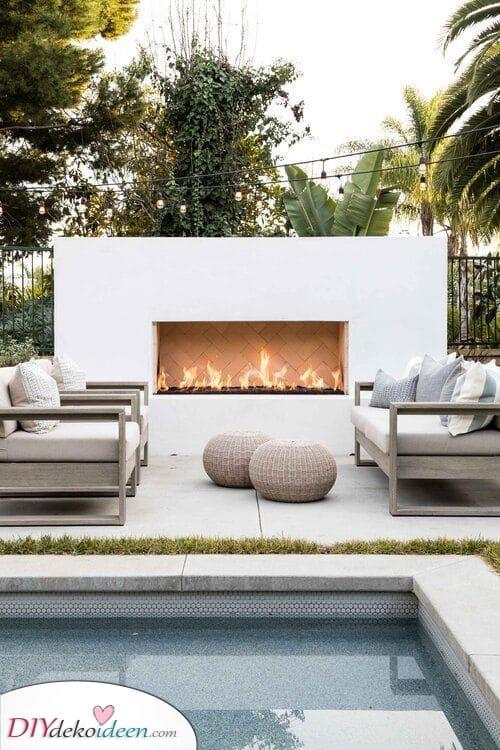 Perfekt für eine Meeresatmosphäre – Garten Sitzecke mit Feuerstelle