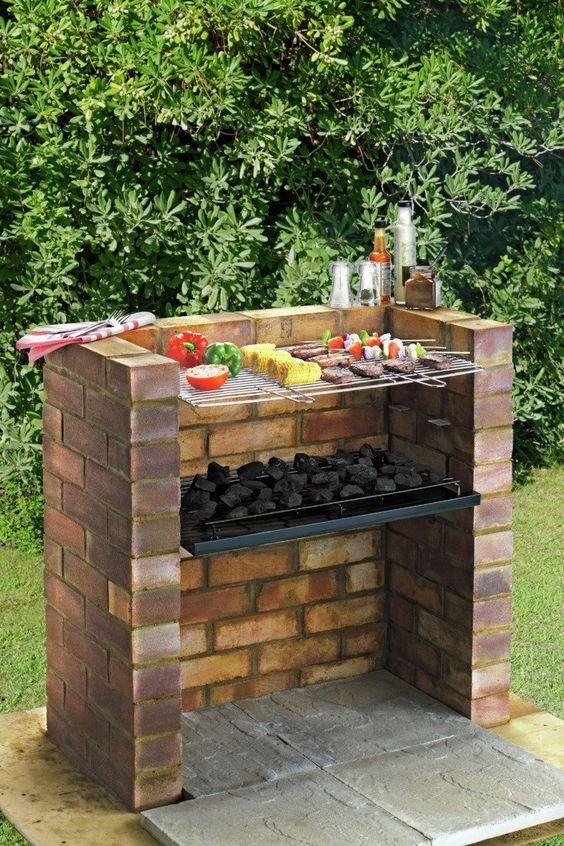 Grillen in Ihrem Garten – Ideen für Grillstationen im Freien