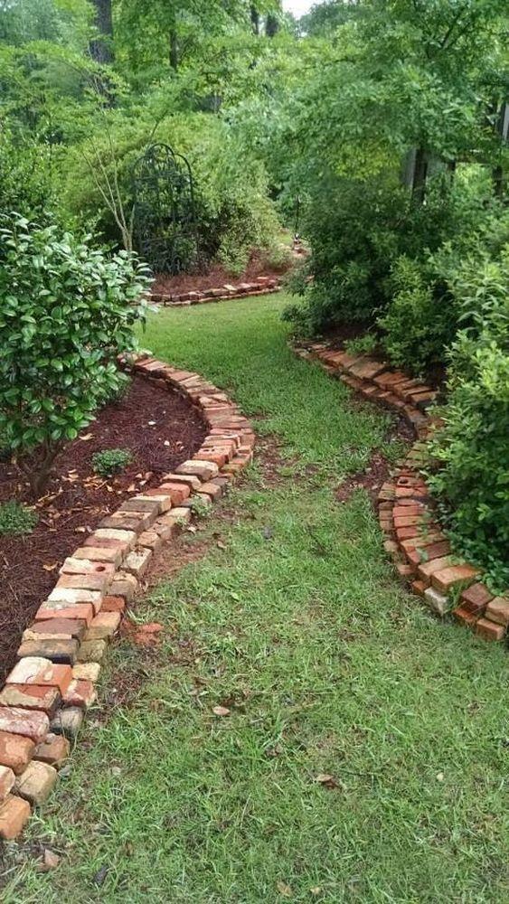 Ein weiterer Ziegelstein im Garten – Beeteinfassung aus Stein