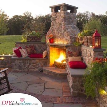 Hinzufügen eines Sitzbereichs – Feuerschale im Garten