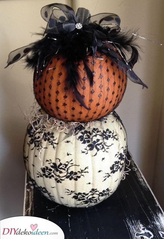 Eine Halloween Atmosphäre – Gruselige Halloween Kürbisse