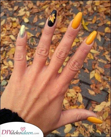 Gelb und Schwarz – Moderne und elegante Herbst Nägel Farben