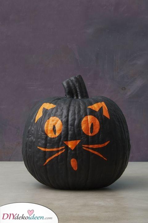 Eine schwarze Katze – Ein Symbol für Halloween
