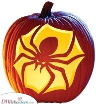 Eine gruselige Spinne – Halloween Kürbisgesichter