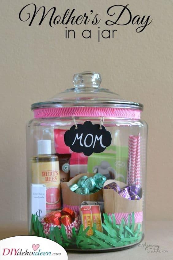 Ein Glas mit Geschenken – Geschenk zum Muttertag