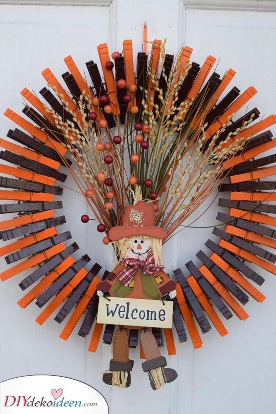 Orange und Schwarz – Eine tolle Herbst Tür Deko
