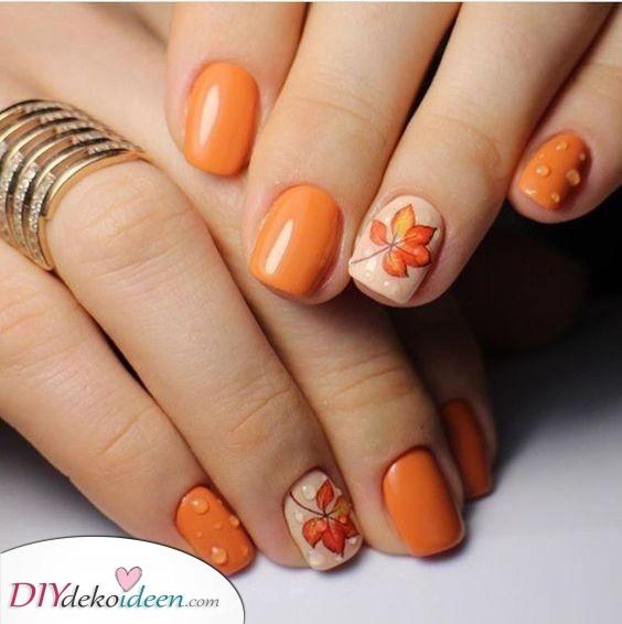 Süß in Orange – Herbst Nageldesign