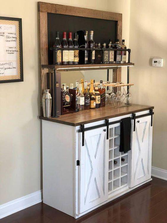 Kaffee und Getränke – Hausbar im Wohnzimmer