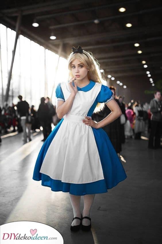 Alice im Wunderland – Aus einem Märchen