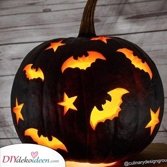 Fledermäuse und Sterne – Einfache Halloween Kürbisgesichter