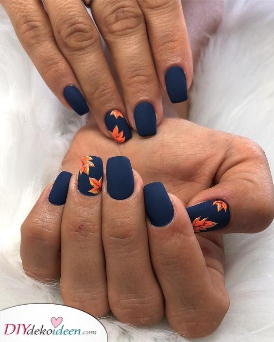 Schöne Herbstatmosphäre – Marineblau und Orange