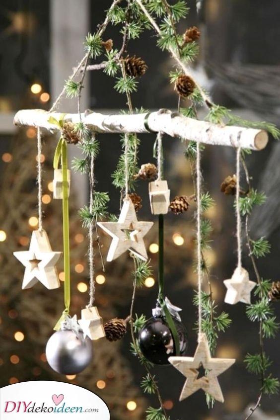 Ein Hauch von Natur – Weihnacht Fensterdeko mit einem Ast